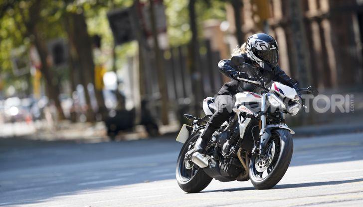 Il 2020 di Triumph si apre col lancio della nuova Street Triple S - Foto 16 di 35