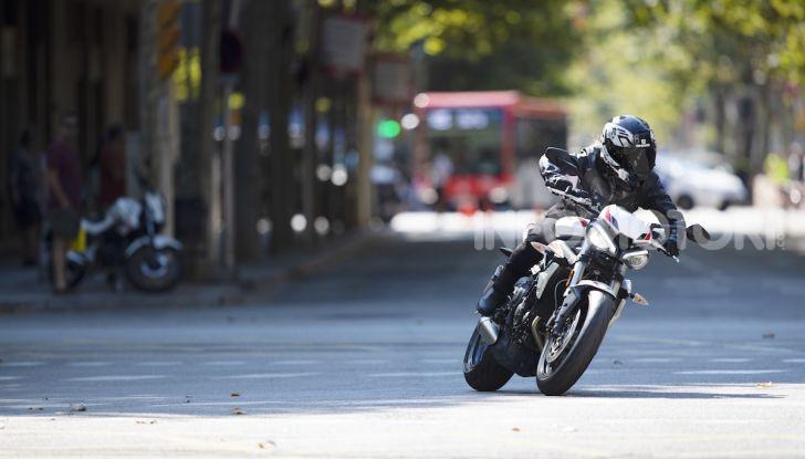 Il 2020 di Triumph si apre col lancio della nuova Street Triple S - Foto 17 di 35