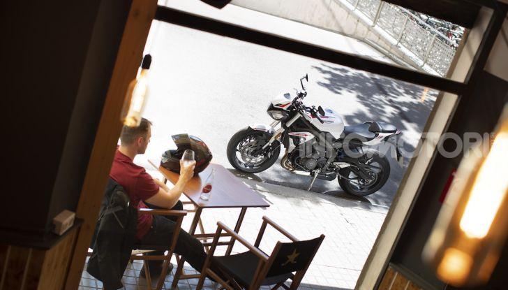Il 2020 di Triumph si apre col lancio della nuova Street Triple S - Foto 30 di 35