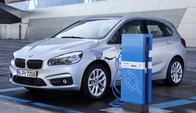Germania: con le auto elettriche a rischio 400.000 posti di lavoro