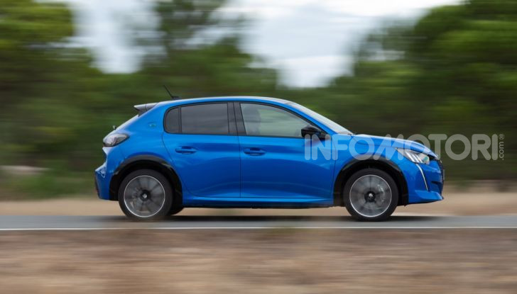 [VIDEO] La prova su strada di tutta la gamma Plug-In Hybrid di Peugeot - Foto 25 di 32