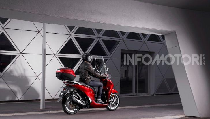 Honda SH 125 e 150i 2020: due cilindrate ma un prezzo unico - Foto 4 di 8