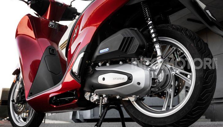 Honda SH 125 e 150i 2020: due cilindrate ma un prezzo unico - Foto 5 di 8