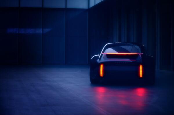 Hyundai Prophecy, concept elettrico dal design rivoluzionario - Foto 2 di 6
