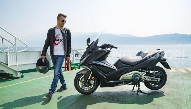 Kymco AK 550 ABS MY 2020: il maxi scooter ancora più potente e tecnologico - Foto 3 di 11