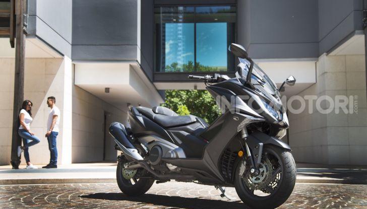 Kymco AK 550 ABS MY 2020: il maxi scooter ancora più potente e tecnologico - Foto 5 di 11