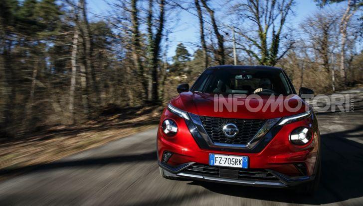 Prova su strada Nissan Juke 2020, più convenzionale e tecnologica - Foto 17 di 23