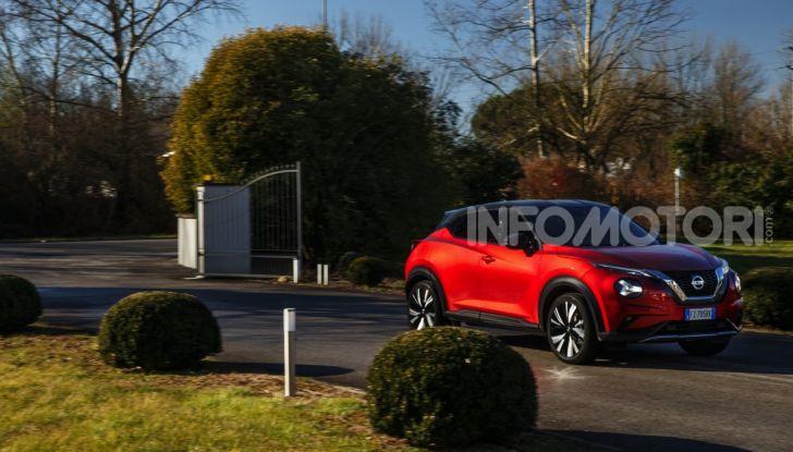 Prova su strada Nissan Juke 2020, più convenzionale e tecnologica - Foto 3 di 23