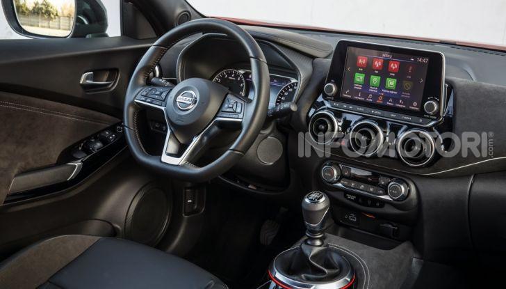 Prova su strada Nissan Juke 2020, più convenzionale e tecnologica - Foto 7 di 23
