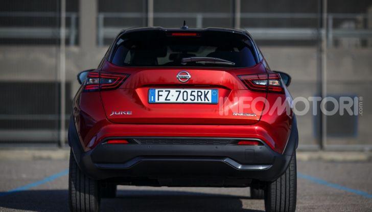 Prova su strada Nissan Juke 2020, più convenzionale e tecnologica - Foto 10 di 23