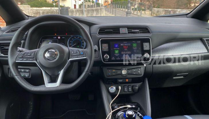 Nissan Leaf e+ 62 kWh prova su strada: prestazioni, autonomia e prezzi - Foto 18 di 37