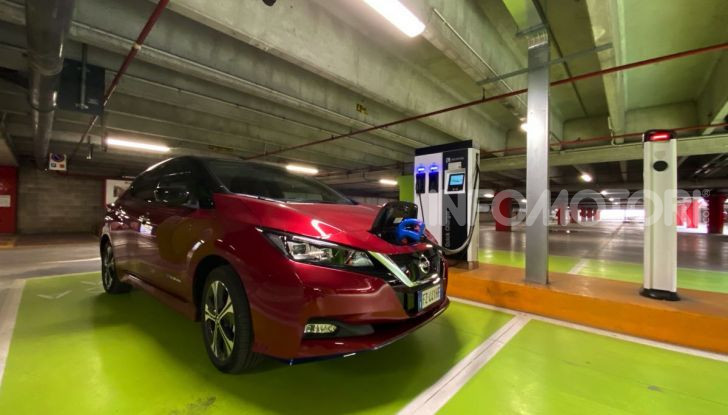 Nissan Leaf e+ 62 kWh prova su strada: prestazioni, autonomia e prezzi - Foto 24 di 37