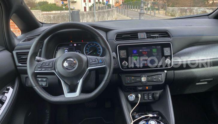 Nissan Leaf e+ 62 kWh prova su strada: prestazioni, autonomia e prezzi - Foto 10 di 37