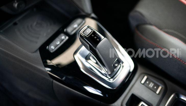 Nuova Opel Corsa, provati su strada i nuovi fari IntelliLux LED matrix - Foto 8 di 9