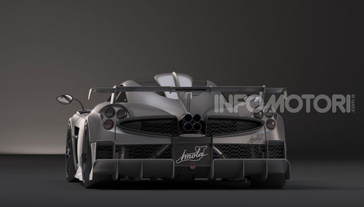 Pagani Roadster BC: V12 e 850 CV - Foto 16 di 47