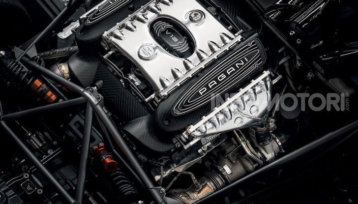 Pagani Roadster BC: V12 e 850 CV - Foto 18 di 47