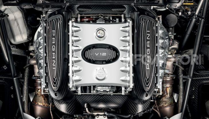 Pagani Roadster BC: V12 e 850 CV - Foto 19 di 47