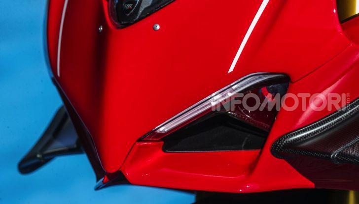 Ducati Superleggera V4: numeri da record per una moto da sogno - Foto 8 di 13