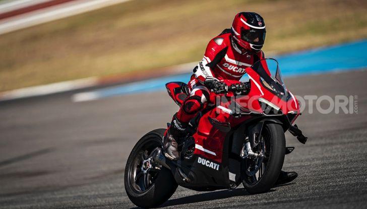 Ducati Superleggera V4: numeri da record per una moto da sogno - Foto 7 di 13