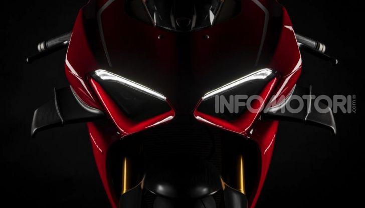Ducati Superleggera V4: numeri da record per una moto da sogno - Foto 3 di 13