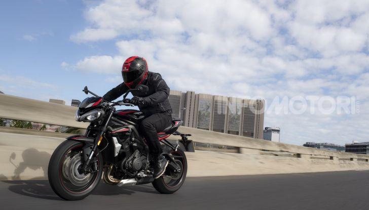 Triumph Street Triple R 2020: aggressiva nelle prestazioni e nel prezzo - Foto 2 di 15