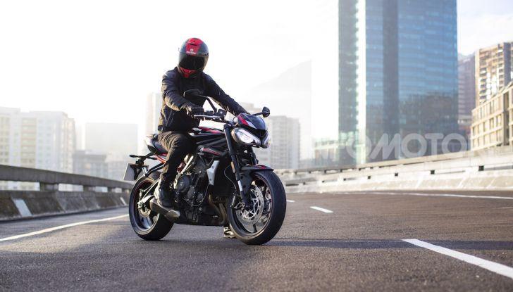Triumph Street Triple R 2020: aggressiva nelle prestazioni e nel prezzo - Foto 9 di 15