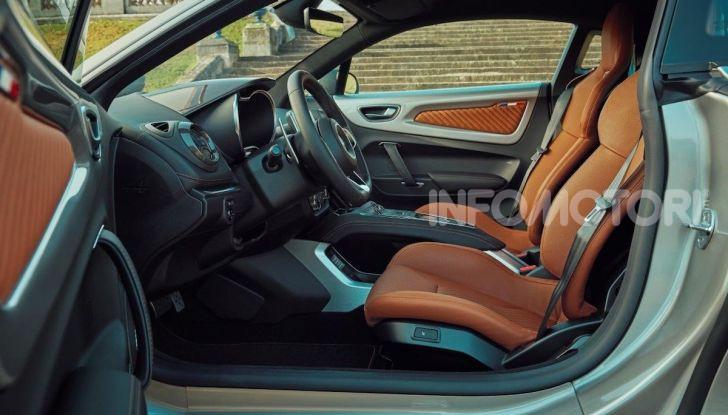 Alpine A110 Legend GT: eleganza e potenza in edizione limitata - Foto 13 di 16