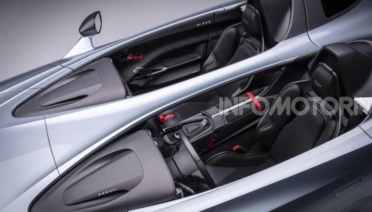 Aston Martin V12 Speedster: ispirata ai caccia - Foto 6 di 12