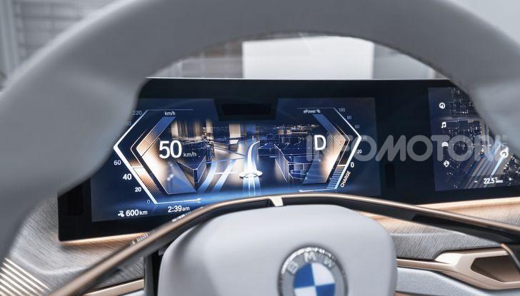 BMW Concept i4: la prima gran coupé 100% elettrica del brand tedesco - Foto 11 di 16