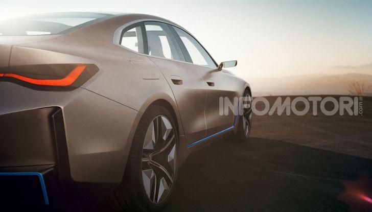 BMW Concept i4: la prima gran coupé 100% elettrica del brand tedesco - Foto 2 di 16