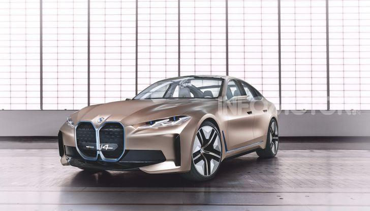 BMW Concept i4: la prima gran coupé 100% elettrica del brand tedesco - Foto 5 di 16