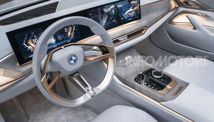 BMW Concept i4: la prima gran coupé 100% elettrica del brand tedesco - Foto 9 di 16