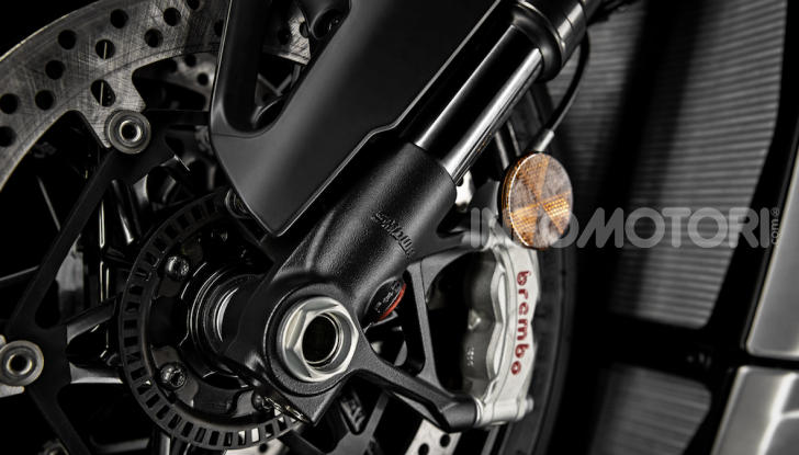 Ducati Streetfighter V4, la power naked dalla doppia personalità - Foto 1 di 16