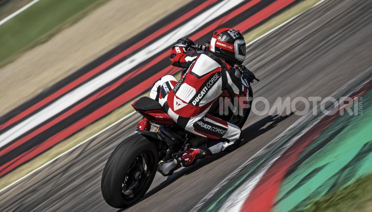 Ducati Streetfighter V4, la power naked dalla doppia personalità - Foto 14 di 16