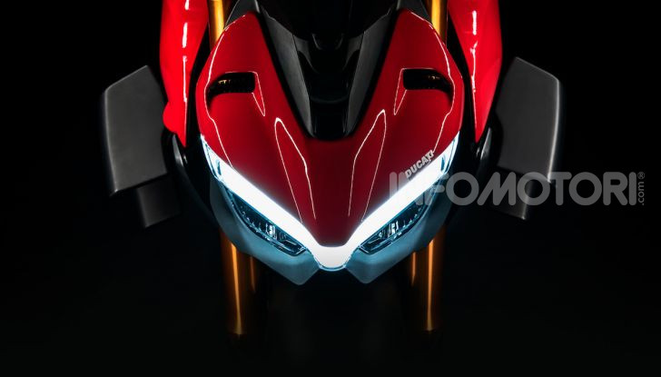 Ducati Streetfighter V4, la power naked dalla doppia personalità - Foto 15 di 16