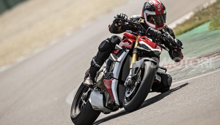Ducati Streetfighter V4, la power naked dalla doppia personalità - Foto 4 di 16