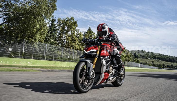 Ducati Streetfighter V4, la power naked dalla doppia personalità - Foto 5 di 16