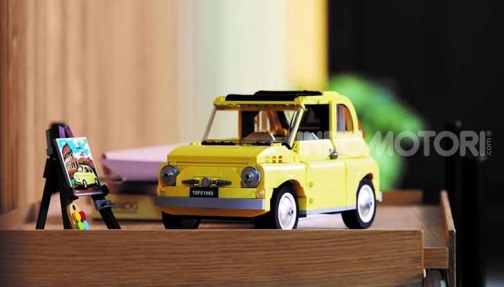 Fiat 500 LEGO Creator Expert, 960 pezzi per la citycar torinese - Foto 2 di 4