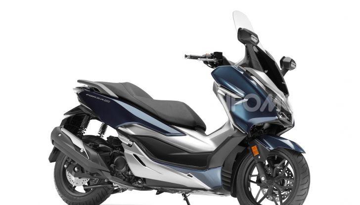 Honda Forza 300 2020 Limited Edition: look sportivo e praticità ai massimi livelli - Foto 1 di 23