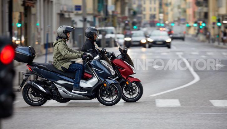 Honda Forza 300 2020 Limited Edition: look sportivo e praticità ai massimi livelli - Foto 9 di 23
