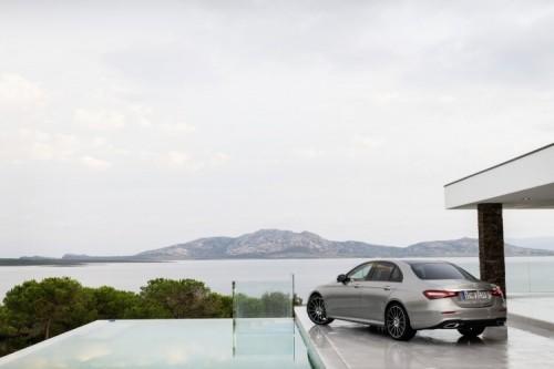 Mercedes Classe E 2020: allestimenti, motori e prezzi - Foto 13 di 19