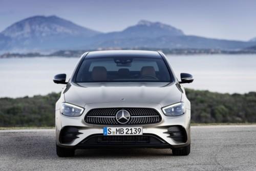 Mercedes Classe E 2020: allestimenti, motori e prezzi - Foto 3 di 19