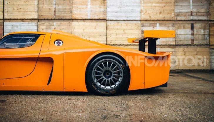 Maserati MC12 Corsa: in vendita uno dei soli 12 esemplari costruiti - Foto 10 di 18