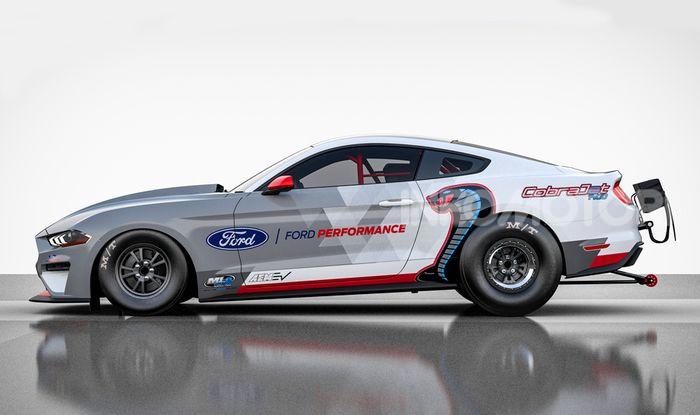 Mustang Cobra Jet 1400: la Dragster di Ford 100% elettrica - Foto 3 di 6