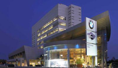 BMW Italia dona 50mila mascherine agli ospedali italiani