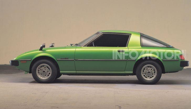 Mazda RX-7: dal 1978 sinonimo di gioia di guidare e leggerezza - Foto 2 di 6