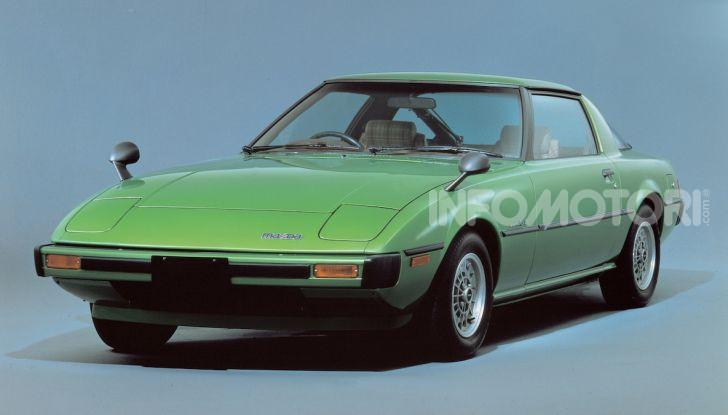Mazda RX-7: dal 1978 sinonimo di gioia di guidare e leggerezza - Foto 3 di 6