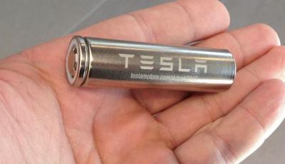 Tesla, ecco la batteria da oltre un milione di chilometri di autonomia