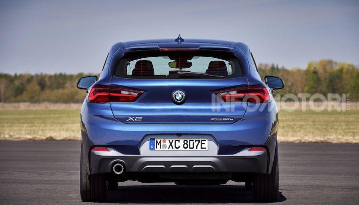 BMW X2 xDrive 25e: la prima Sports Activity Coupé con motore ibrido plug-in - Foto 21 di 34