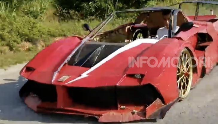 Dal Vietnam arriva la Ferrari FXX K Evo di cartone - Foto 10 di 10